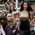 След Силвия Зубева тази година си имаме нова най- секси учителка на България! Какво ще кажете? (снимки)