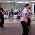 Това хоро от Българска сватба ще ви напълни душичката! Велики Българи! (Видео)